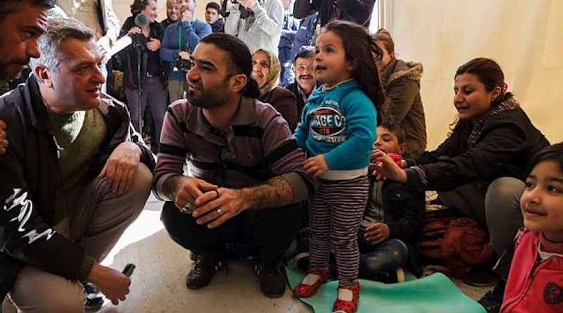 Grandi_Greece_UNHCR_embassynews
