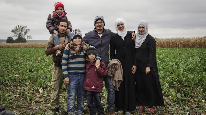 Syrians Serbian borders_MSF_embassynews