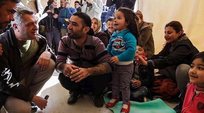 Grandi_Greece_UNHCR_embassynews