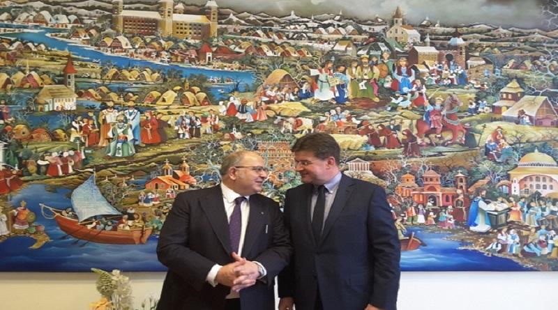 Xydakis in Slovakia_embassynews.net